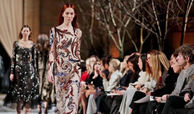 El jardín atemporal de Oscar de la Renta en la New York Fashion Week