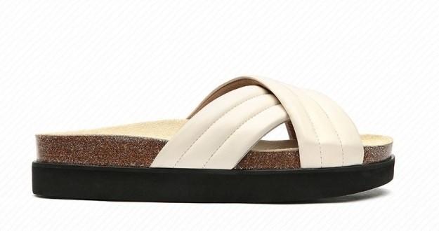 sandalias-planas-blancas-logan ella hoy