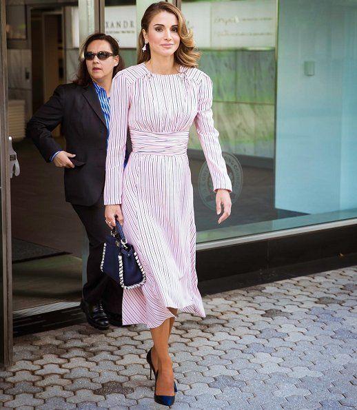 Jordania Semana Rania 7 Vestidos De Con Días Para Reina ¡esta La TPikZwuOX