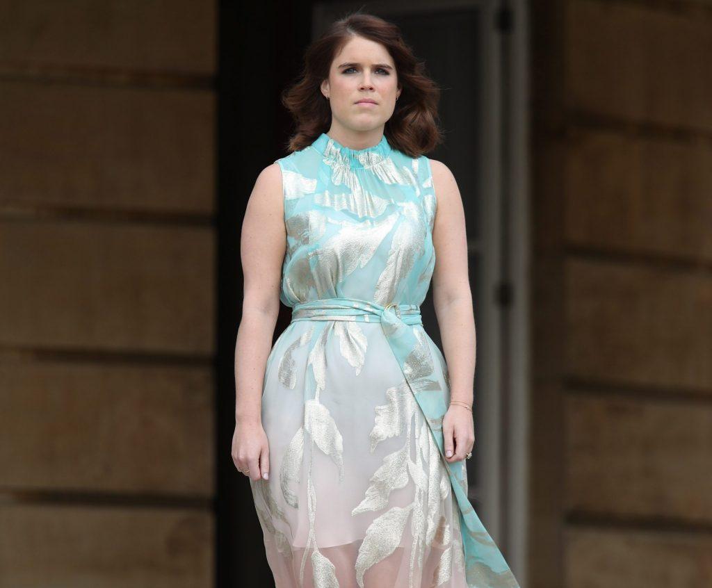 La princesa Eugenia de York con un vestido semitransparente firmado por Peter Piloto