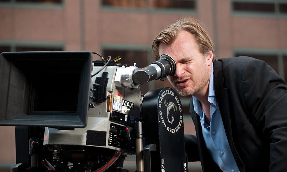 Christopher Nolan durante uno de sus rodajes